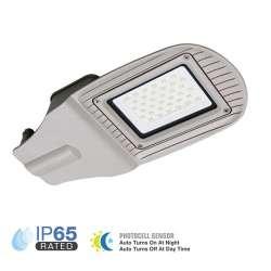 Luminaria LED exterior Pro Sensor fotocélula High Lumen 30W 100° IP65